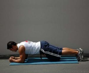 статические упражнения для спины
